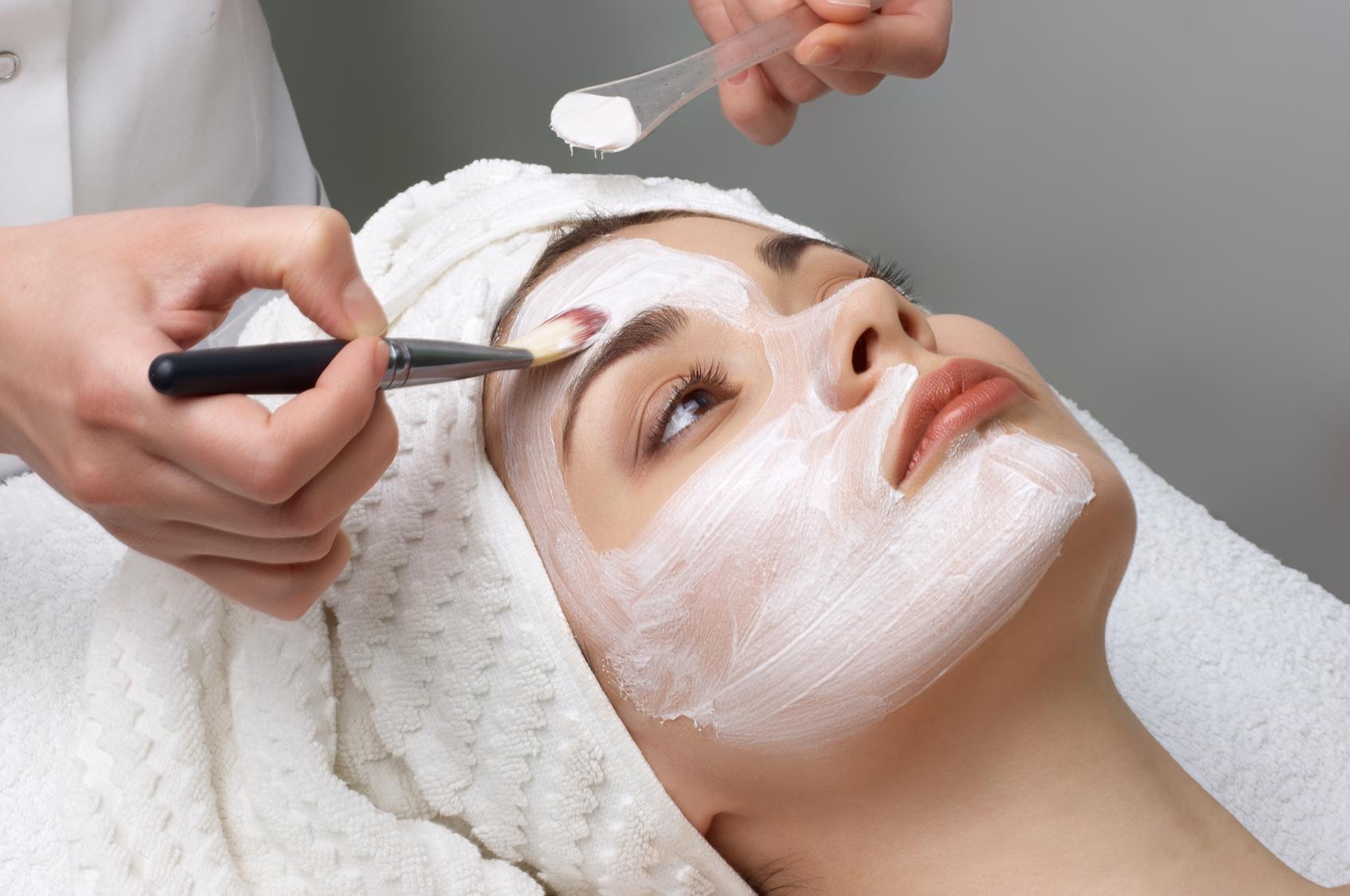 Los tratamientos faciales para después del verano